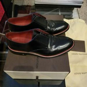 89b9421856c7 Louis Vuitton Derby Shoe Black Sz 8.5